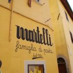 Die Nudelfabrik Martelli - mitten im Dorf Lari gelegen