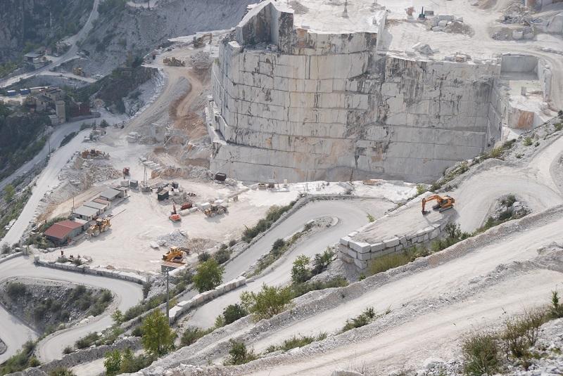 Carrara steinbruch besichtigen