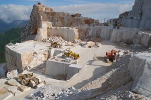 Arbeit im Steinbruch Carrara