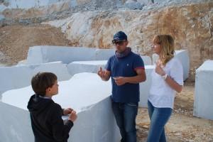 Carrara, weiße Marmorblöcke