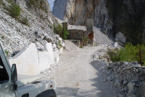 Haus aus James Bond Film Carrara
