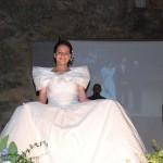 Hochzeitskleid auf einem Dorffest