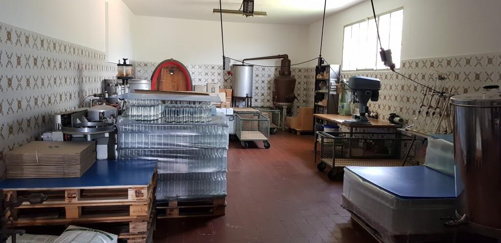 Kleine Likörfabrik in Lari/ Toscana